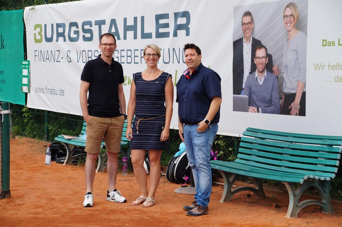 Burgstahler Vorsorge- und Finanzberatung unterstützt die Tennis Vereinsarbeit in Linkenheim-Hochstetten
